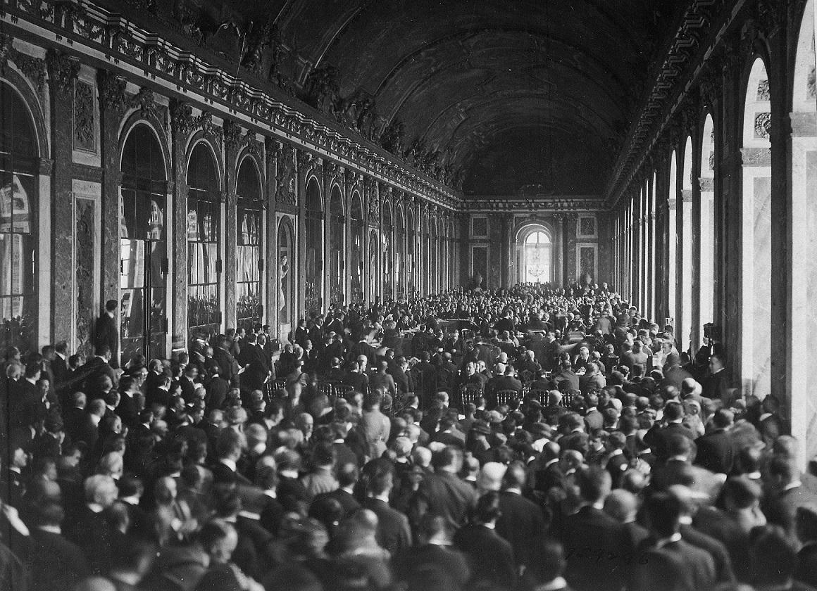 Signature du traité de Versailles (salle des miroirs)
